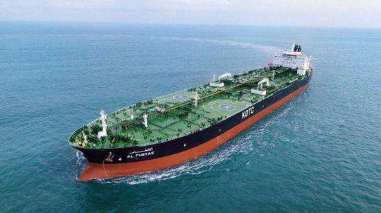 兩艘油輪在阿曼海遭水雷襲擊 伊朗海軍解救44名船員