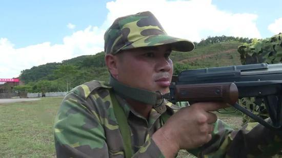 首次边境反恐演练 中老两军出动特战等摧毁匪徒据点