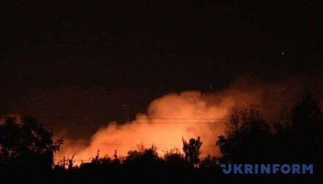 美国出资为乌克兰修建新弹药库 乌弹药库曾多次着火