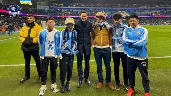 """当英超曼城邂逅中国战队,足球和电竞的粉丝""""破圈""""了"""