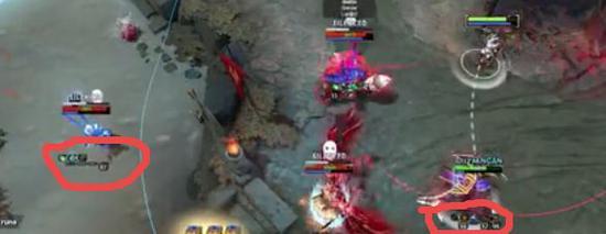 UP主视角下显示的对手和队友装备情况