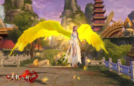 闪耀的金色大翅膀飞凰羽翼