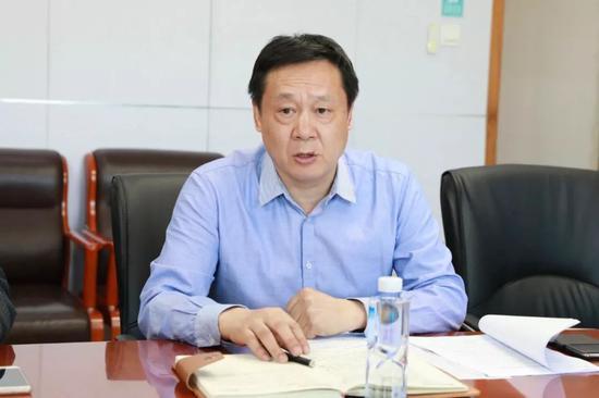 媒体采访肥西经开区党工委委员李友群