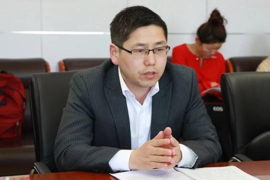 媒体采访肥西经开区管委会副主任张雪枫