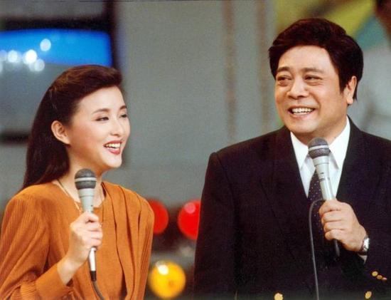 赵忠祥搭档杨澜