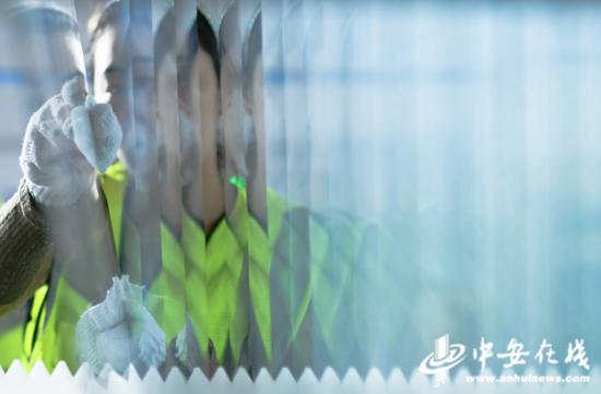 10月10日,淮南市高新区产业园的安徽贝可科技有限公司车间