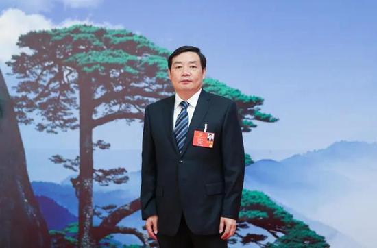 全国人大代表、安徽省滁州市市长许继伟