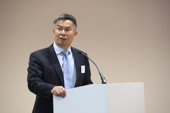 蜀山经济开发区副主任李华文 宣传推介蜀山经济开发区