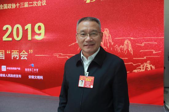 全国人大代表、安徽省铜陵市市长胡启生