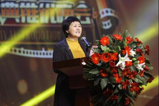 金寨县人民政府副县长 蔡黎丽致欢迎词
