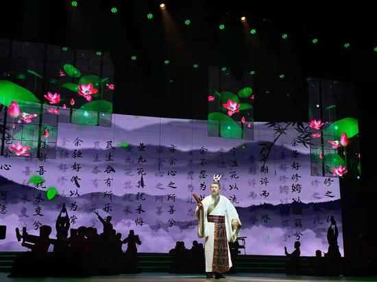 肥东县第八届中华经典诵读展演活动隆重上演