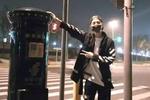 鹿晗合影邮筒成上海新景点 粉丝排长队合影