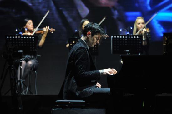 """世界最帅""""钢琴圣手""""马克西姆12月11日来肥巡演"""