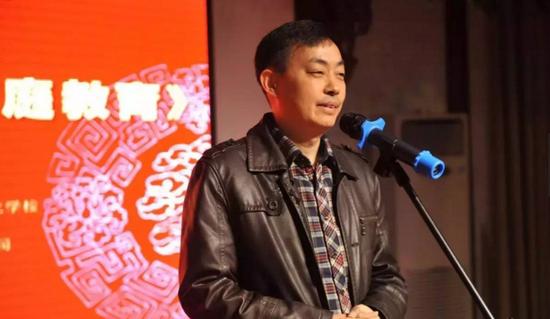 新安晚报副总编辑曹海峰