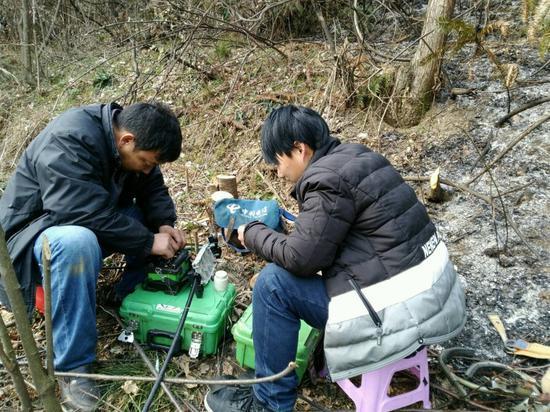 中国电信金寨分公司率先成功修复山火毁损光缆