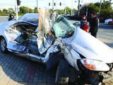 合肥两车相撞小轿车被撞飞 两人受重伤