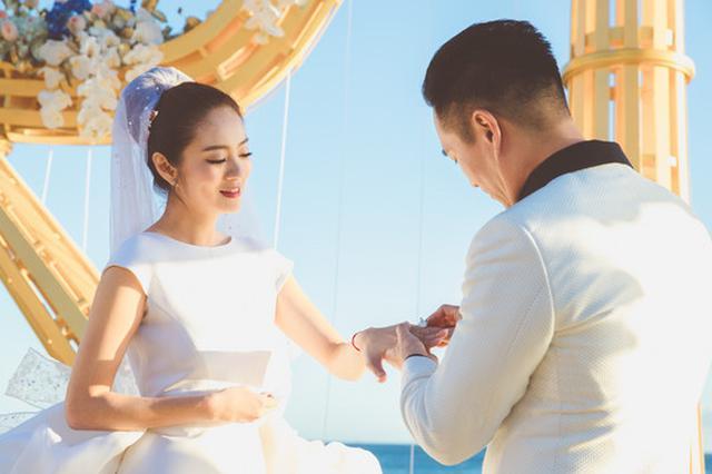 安以轩被曝当继母 回复:陈先生和我是第一次结婚