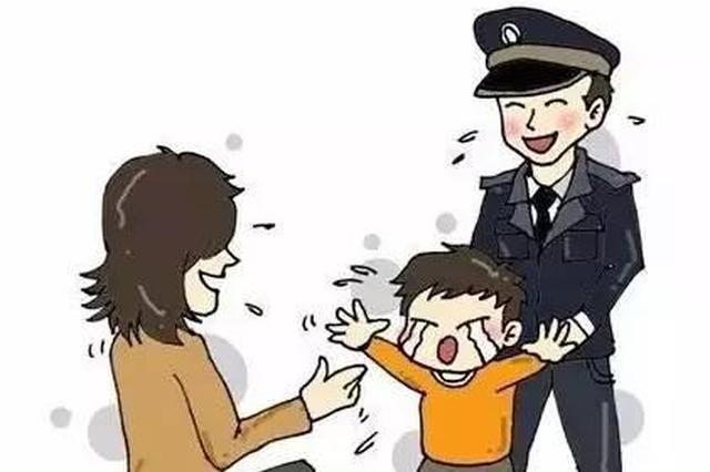 宿州:男子看表演太投入 儿子弄丢了竟不知