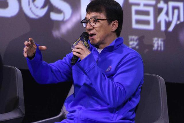 """成龙赞王力宏""""环保英雄"""" 大声质问不文明现象"""