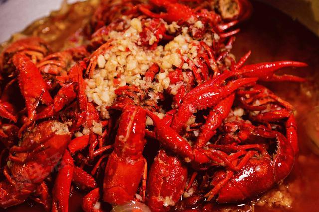 合肥小龙虾88一斤 市民直呼吃不起