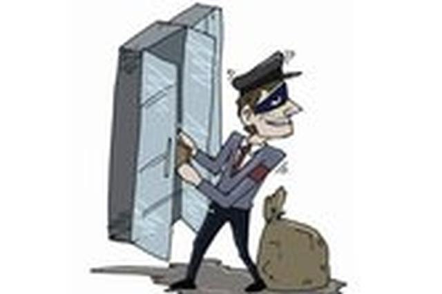 快递公司贵重包裹频频失踪 原是分拣员监守自盗