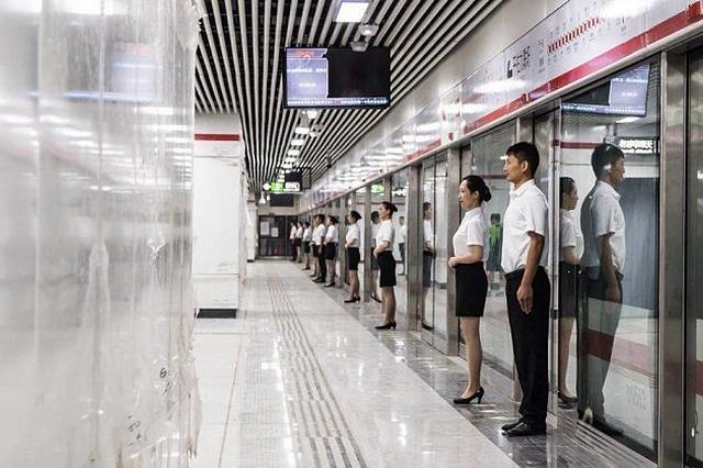 世界制造业大会召开期间 英语八级客服走进合肥地铁