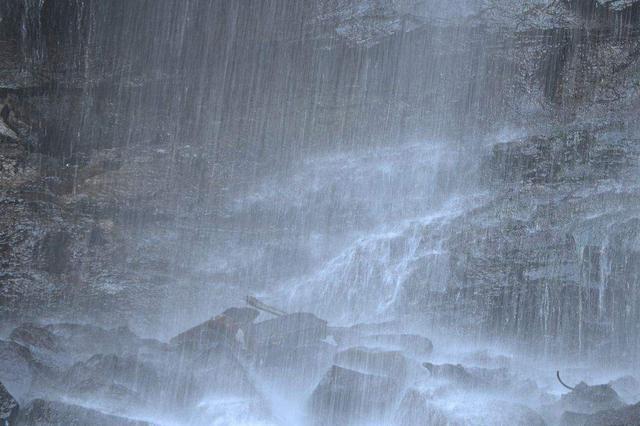 安徽发布地质灾害红色预警 这些地方请注意防范
