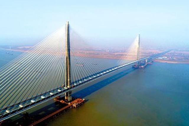 皖两座新建长江大桥传喜讯 合安高速严店半幅建成通车