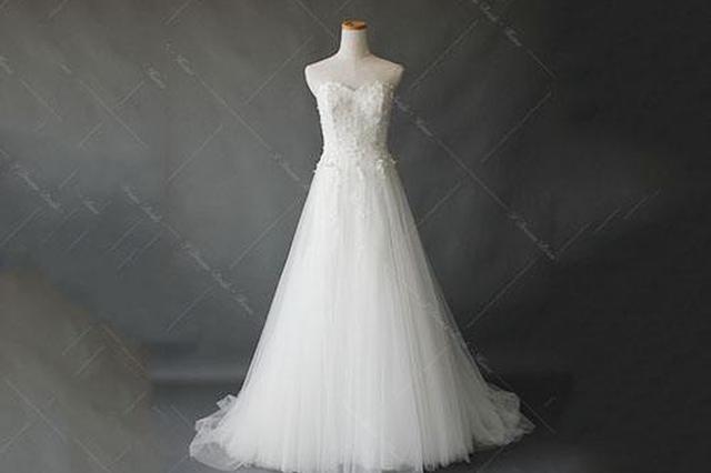 婚前准新娘弄丢婚纱礼服 三位的哥合力找回