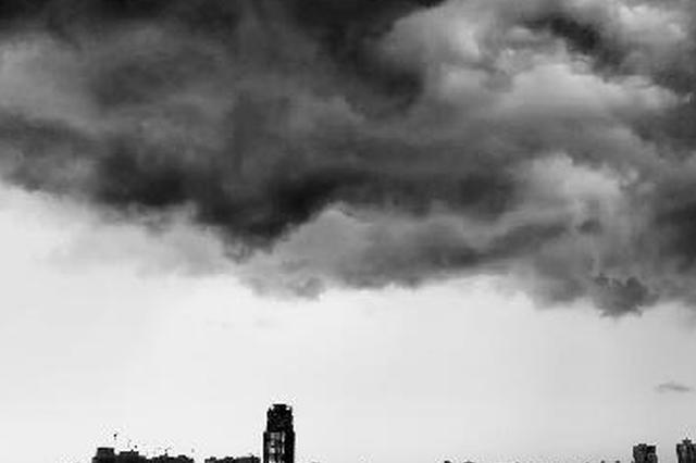 """""""温比亚"""" 给蚌埠带来狂风暴雨"""
