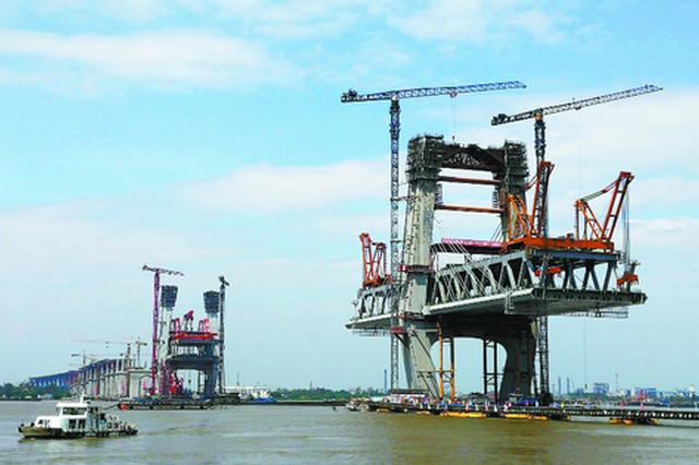 芜湖长江公铁大桥加速施工