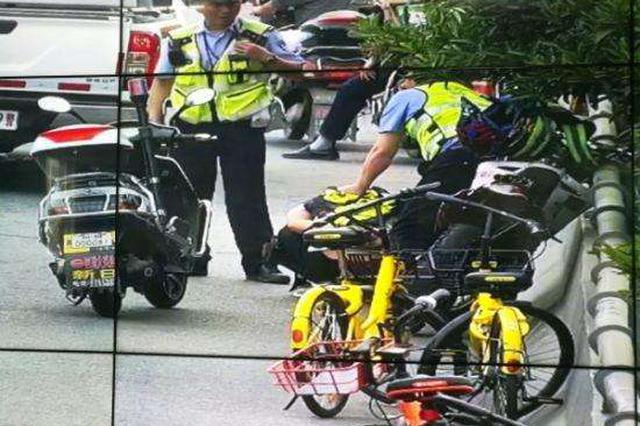 安徽:男子驾无牌摩托车冲撞协警  被刑拘