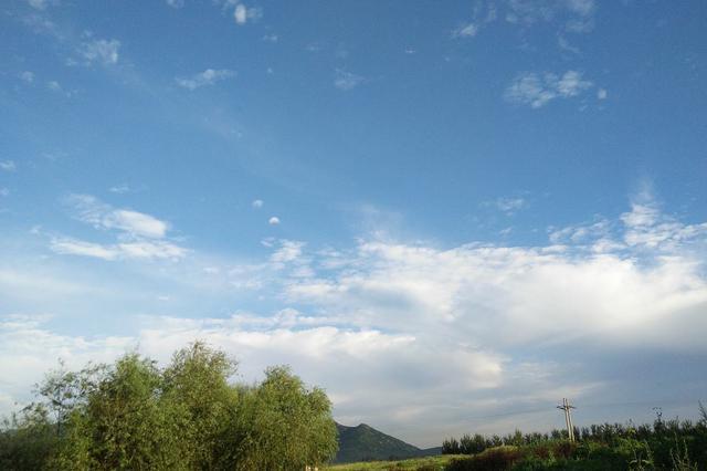 安徽:冷風吹走陰雨天 周末降溫有點涼