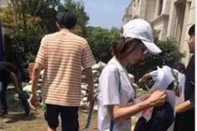 網曝林更新王麗坤合體疑看婚房 8月曾同逛家居店