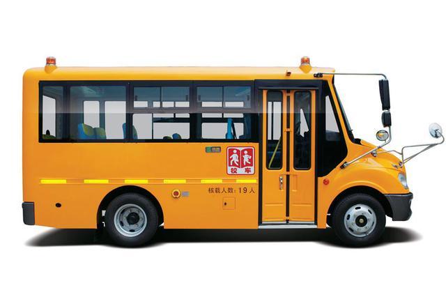 肥東縣中小學校校車開通運營 暢通農村孩子求學路
