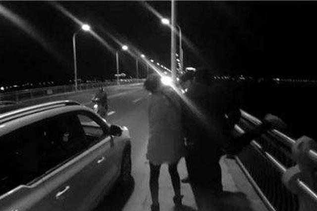 女子帶著3歲女兒駕車輕生 警方開展生死救援