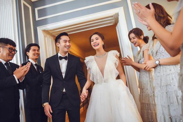 阿嬌方確認正式登記結婚 12月20日辦婚禮