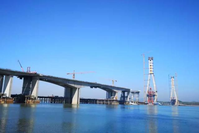 池州长江大桥预计3月底合龙 6月底建成通车