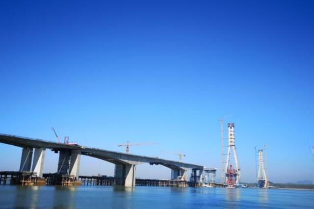 池州长江大桥6月底将建成通车