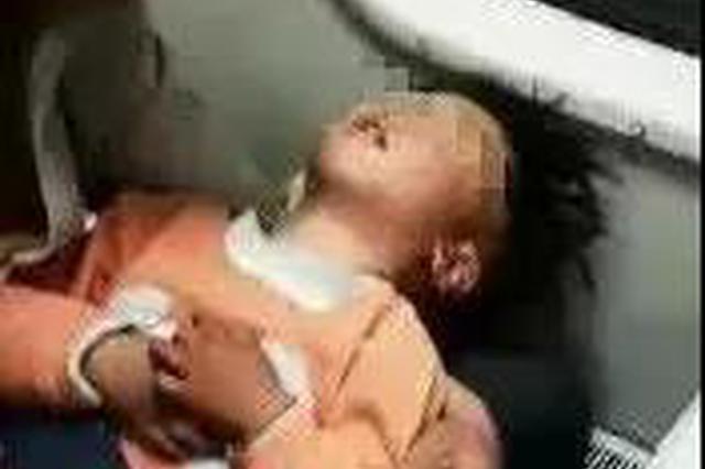 2岁儿童火车上口吐白沫 爱心护士急救暖人心