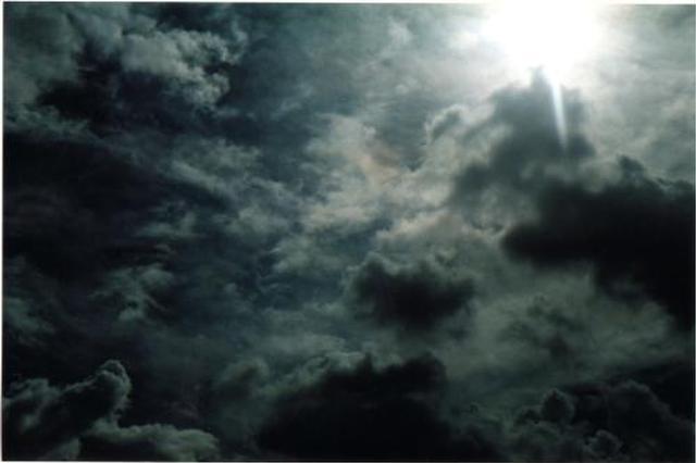 安徽马鞍山遭狂风暴雨袭击已致2死10伤