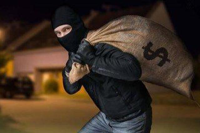 贼搭档蒙面行窃得手后藏入城中村 警方破获系列盗窃案