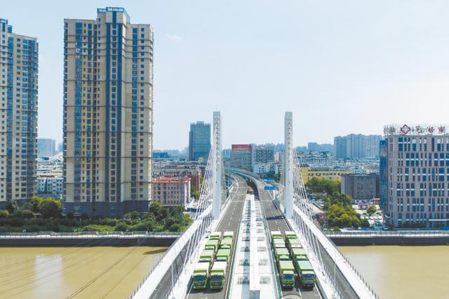 芜湖新中江桥有望下月底通车