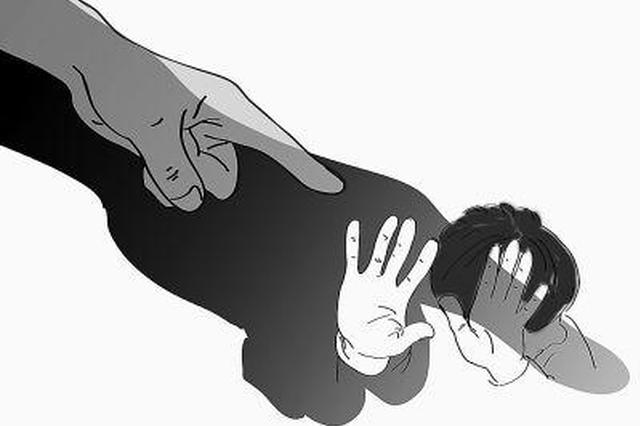 """""""女童一身伤 父母被刑拘""""警方通报:女童经常被虐待"""