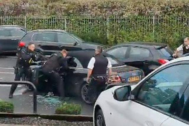 淮北一男子开车撞警车 被判有期徒刑