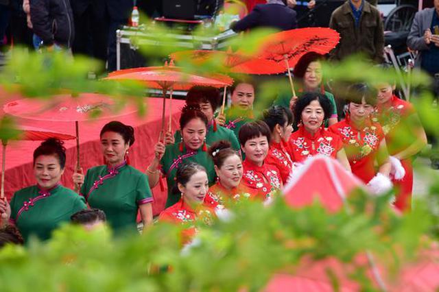 安徽阜南:重阳节秀风采