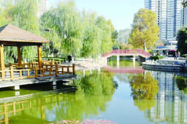"""阜阳青颍公园内河 """"吐故纳新"""""""