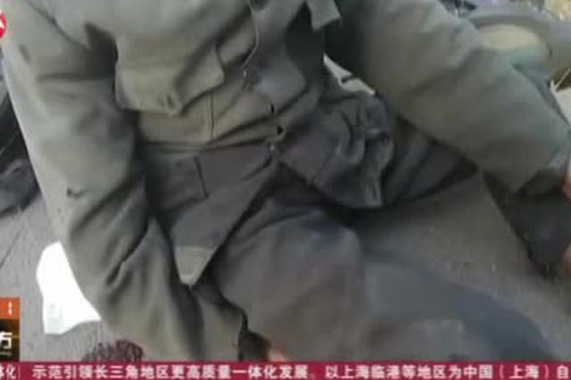 安徽和县:老人骑车摔倒受伤  警民合力暖心救助