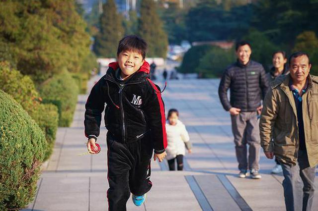 大雪时节 蜀山公园游人如织