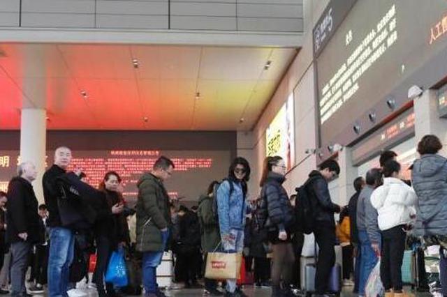 铁路春运售票首日售出1200多万张 候补购票兑现率74%